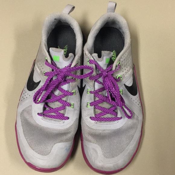 Nike Shoes - Nike metcons size 8.5 women's